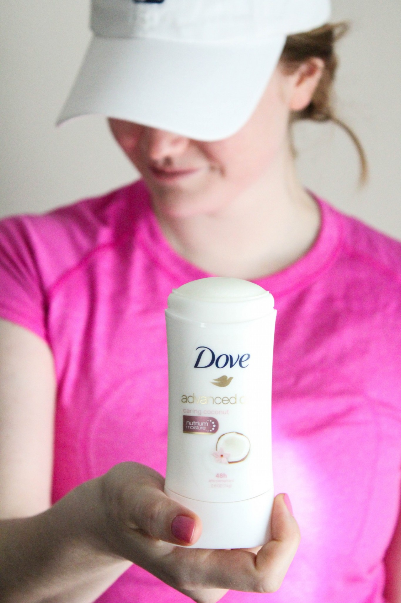 Lifestyle blogger Mollie Sheperdson shares whats in her gym bag with Dove Antiperspirant