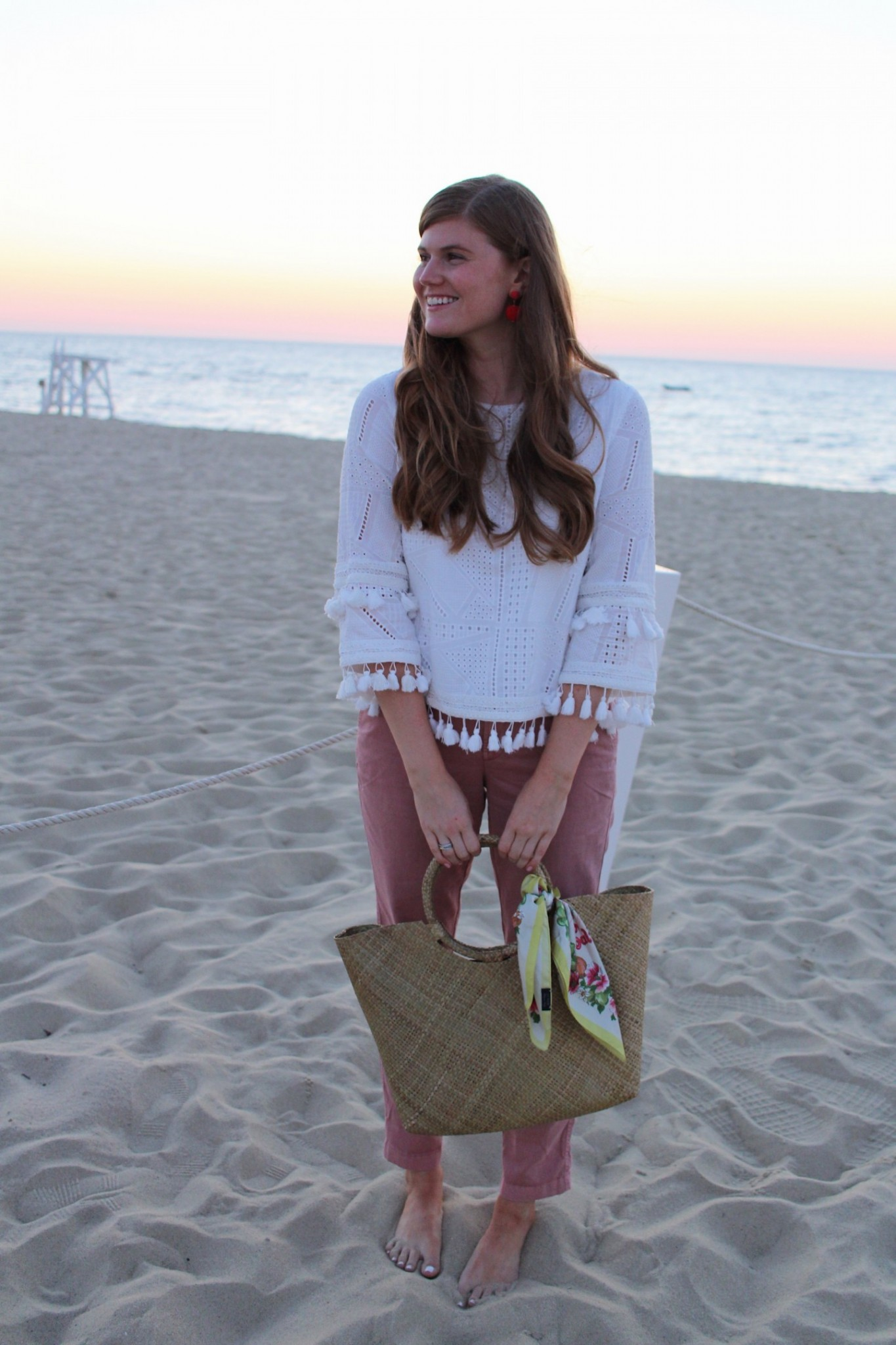 Lifestyle blogger Mollie Moore styles a look from online boutique Tuckernuck