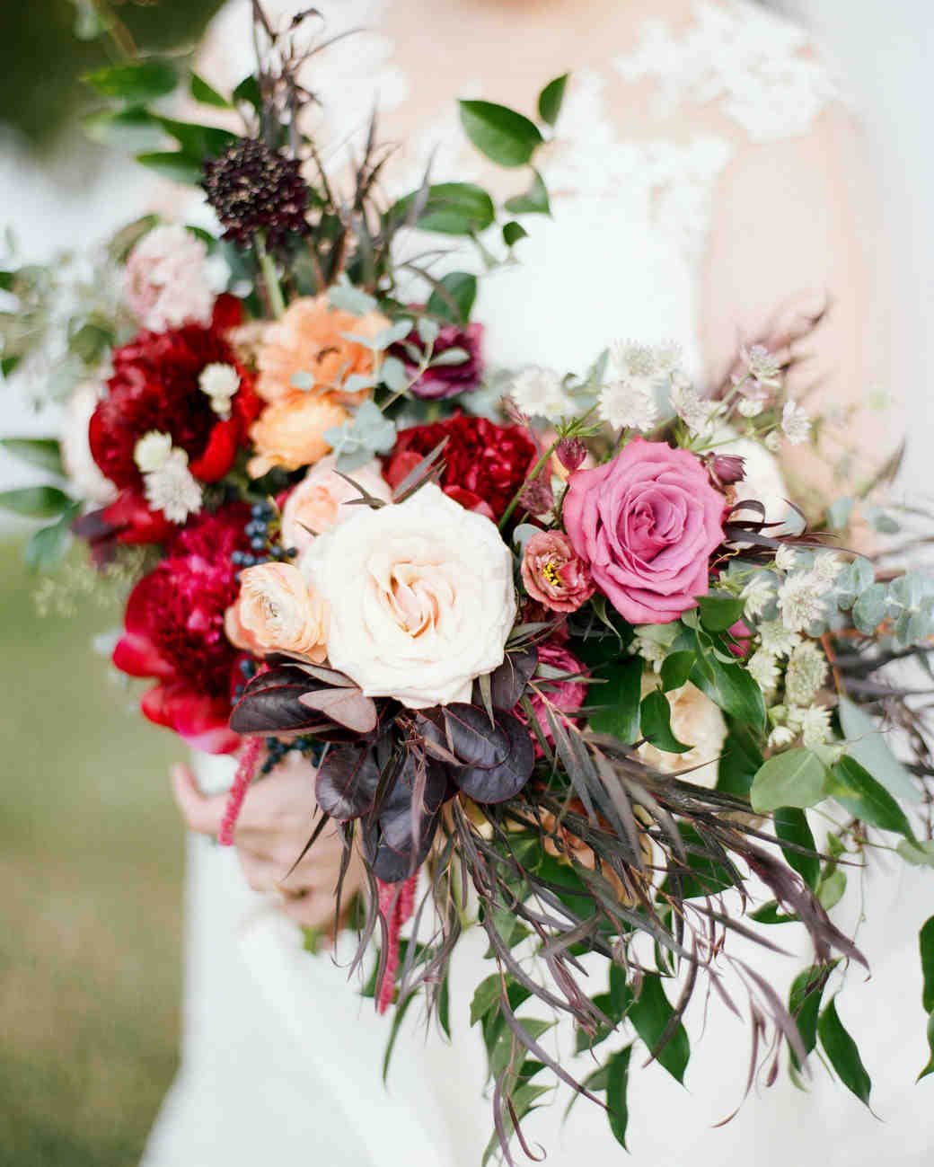 Lifestyle blogger Mollie Moore shares how to choose a color scheme for your wedding