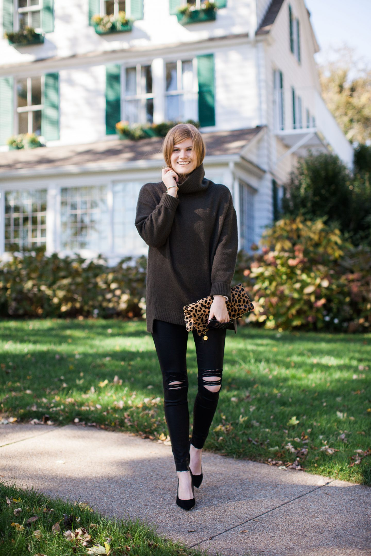 "[show_shopthepost_widget id=""2118680""] 