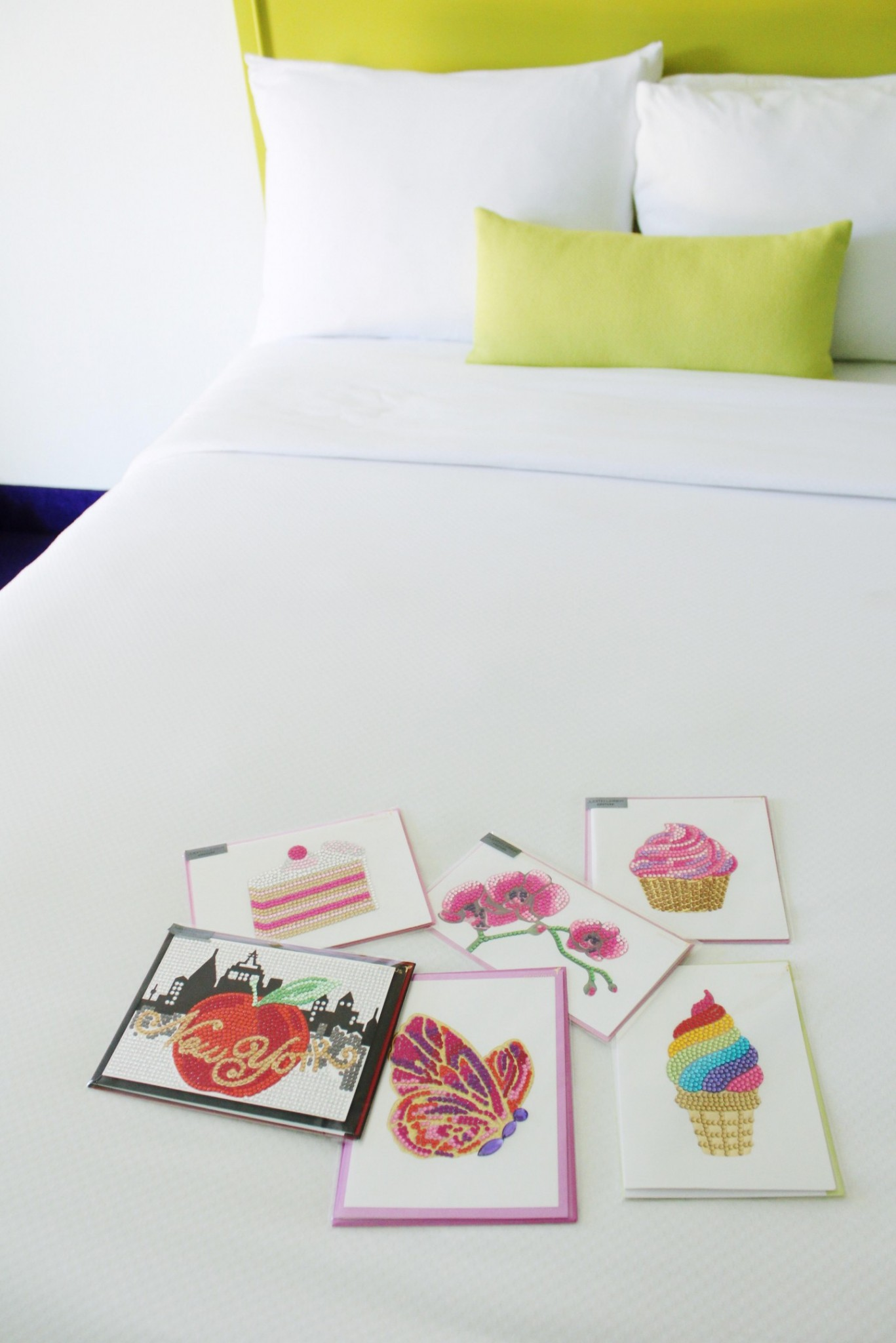 Lifestyle blogger Mollie Sheperdson shares the new Papyrus x Judith Leiber cards | Papyrus x Judith Leiber Couture Cards collaboration featured by top London lifestyle blog, Mollie Moore