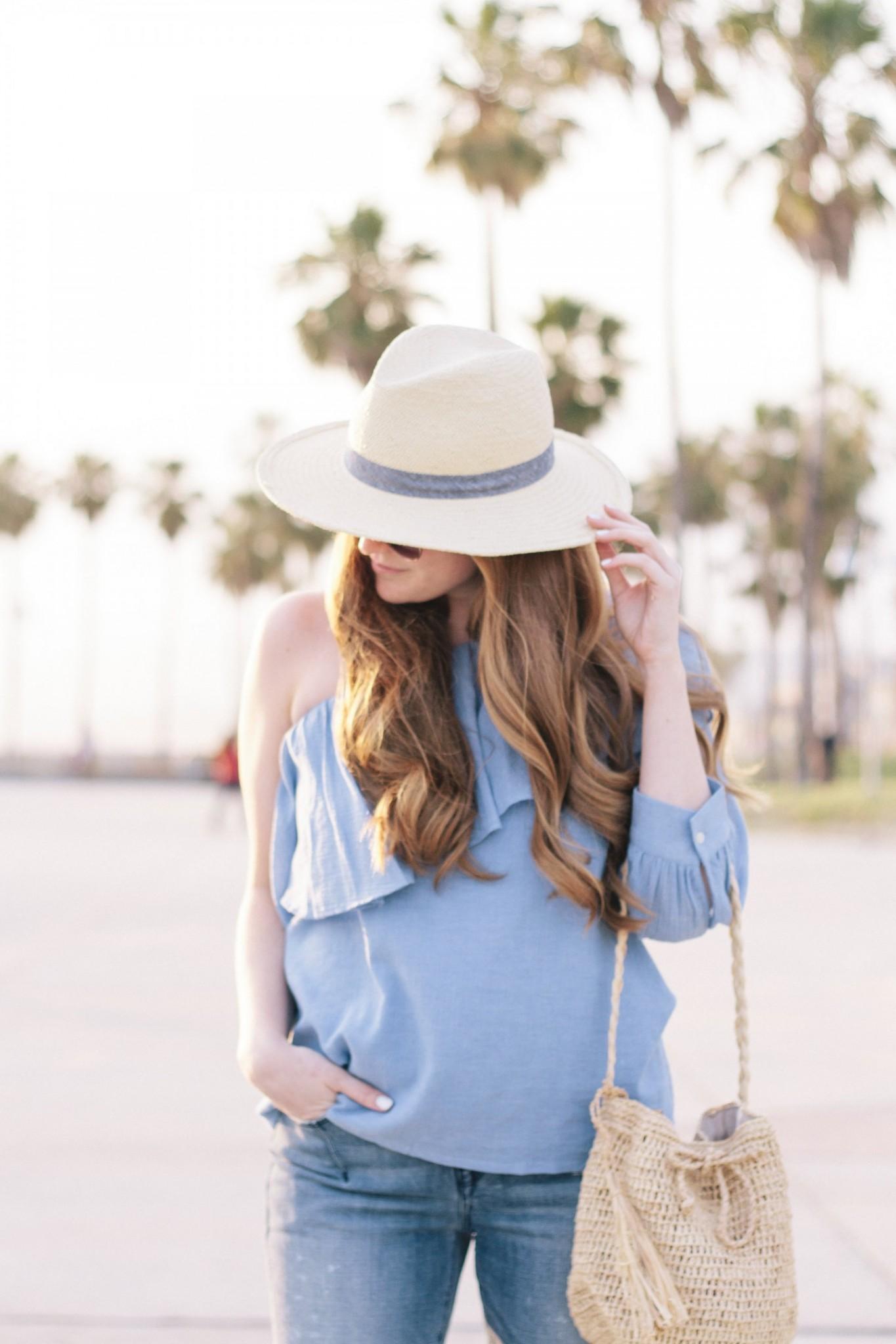 Lifestyle blogger Mollie Sheperdson shares a look in Venice Beach, California