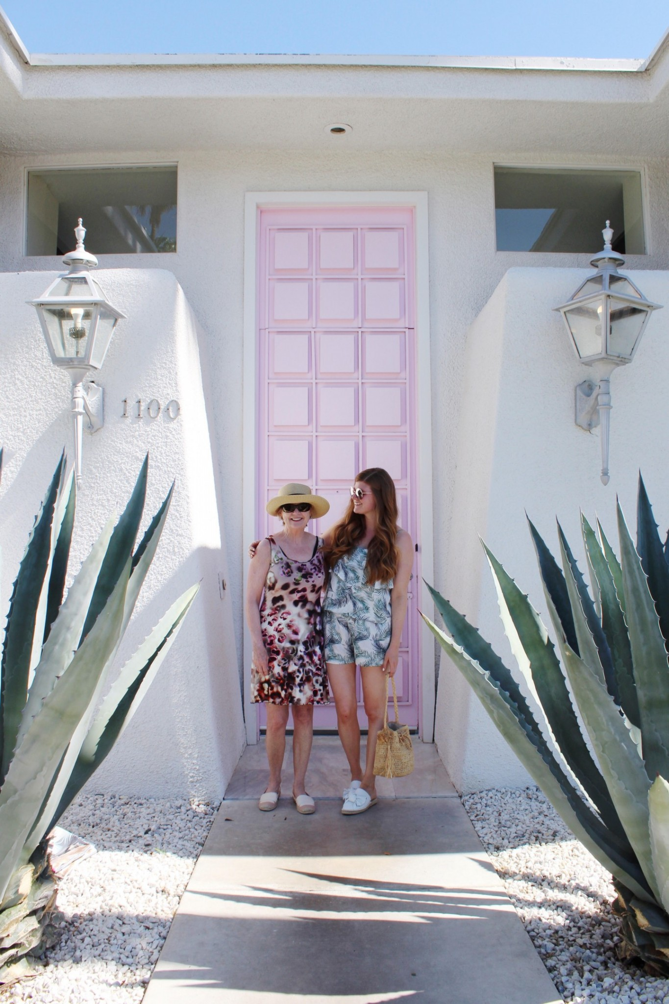 Lifestyle blogger Mollie Sheperdson visits #ThatPinkDoor in Palm Springs