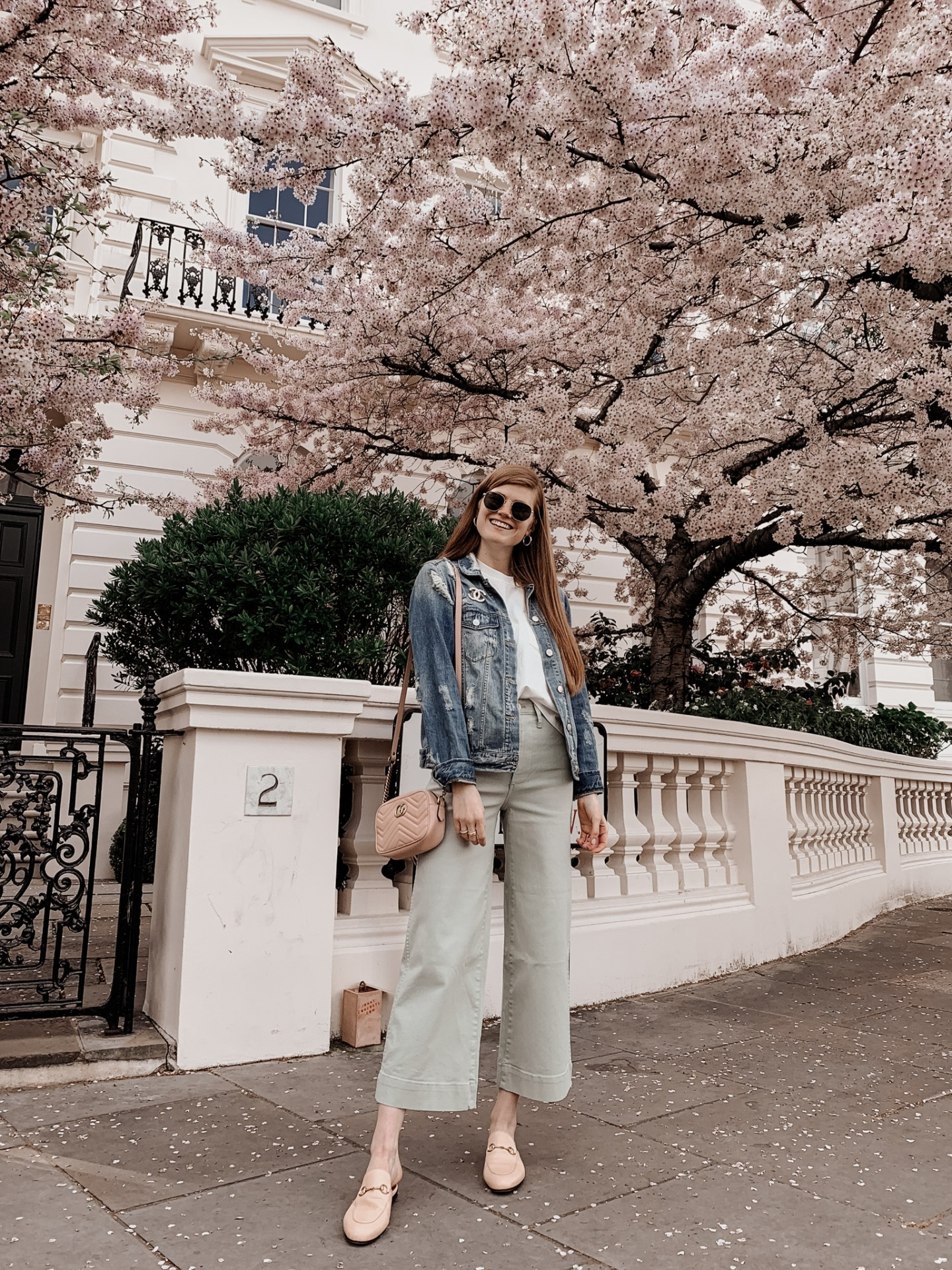 Lifestyle blogger Mollie Moore shares 5 spring outfits to recreate this season