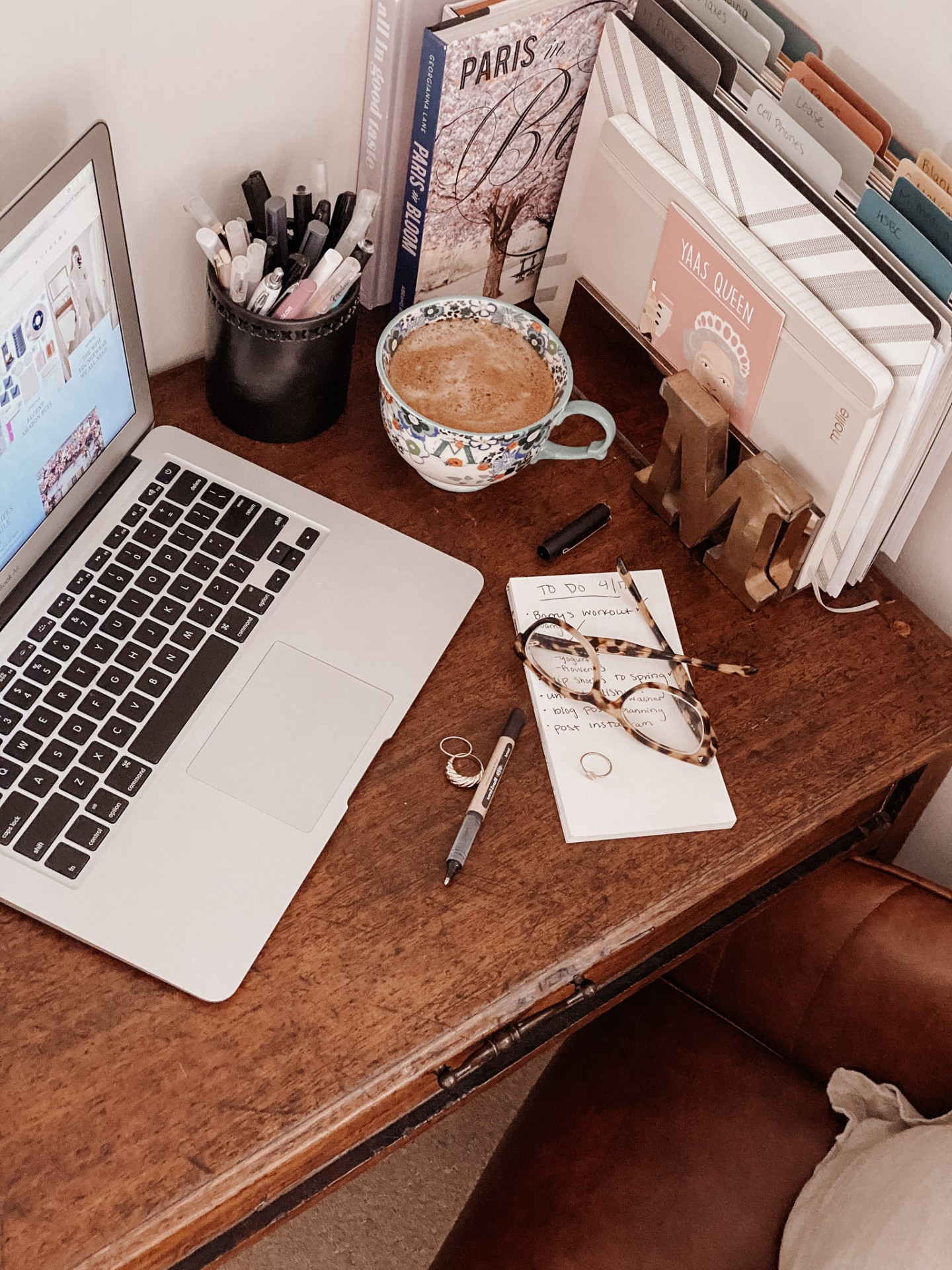 Lifestyle blogger Mollie Moore shares work from home tips